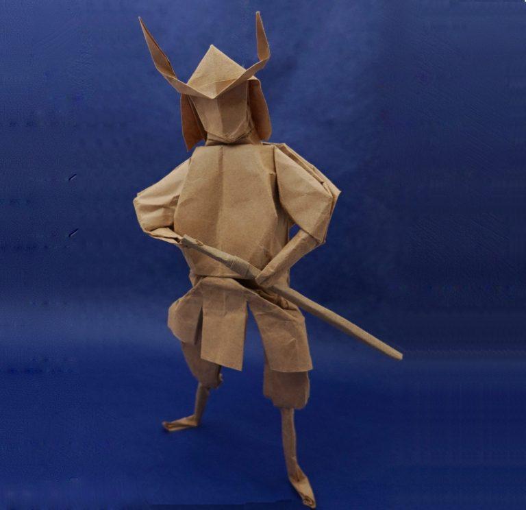 Как сделать самурая из бумаг